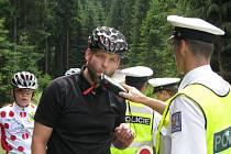 Preventivní akce nedaleko Nové louky hlídala, zda cyklisté nepijí