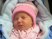 TÍNA HADARIOVÁ Narodila se 21. listopadu v liberecké porodnicimamince Lucii Gažiovéz Frýdlantu v Čechách. Vážila 2,80 kg a měřila 45 cm.