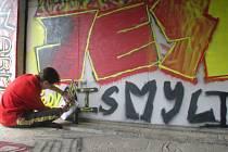 10 WRITERŮ se zúčastnilo třetího ročníku Graffiti-street párty.