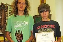 Při slavnostním vyhlášení převzali titul Machři roku 2011 studenti Petr Klodner a Jan Šimůnek