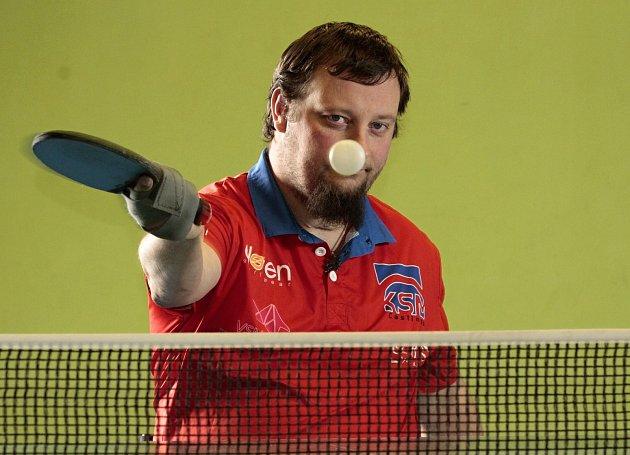 Stolní tenista a vozíčkář Jiří Suchánek.