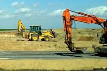 Stavba silnice, ilustrační foto.