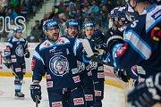 Utkání 23. kola Tipsport extraligy ledního hokeje se odehrálo 19. listopadu v liberecké Home Credit areně. Utkaly se celky Bílí Tygři Liberec a HC Kometa Brno. Na snímku je radost hráčů Liberce, Petr Jelínek.