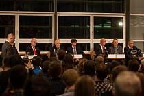Předvolební debata s kandidáty na prezidenta republiky proběhla 16. listopadu v Krajské vědecké knihovně v Liberci za účasti všech kandidátů kromě současného prezidenta Miloše Zemana.