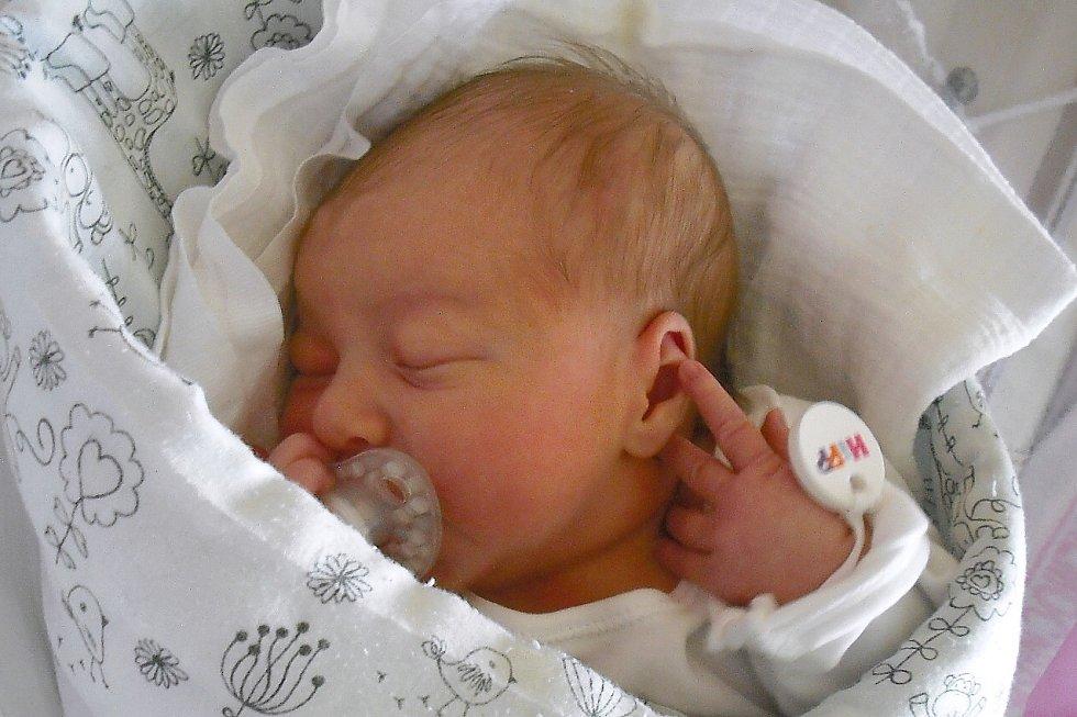 Mamince Monice Hlouškové z Vratislavic se v pátek 28. srpna narodila dcera Magdalena Hloušková. Měřila 49 cm a vážila 3,29 kg.