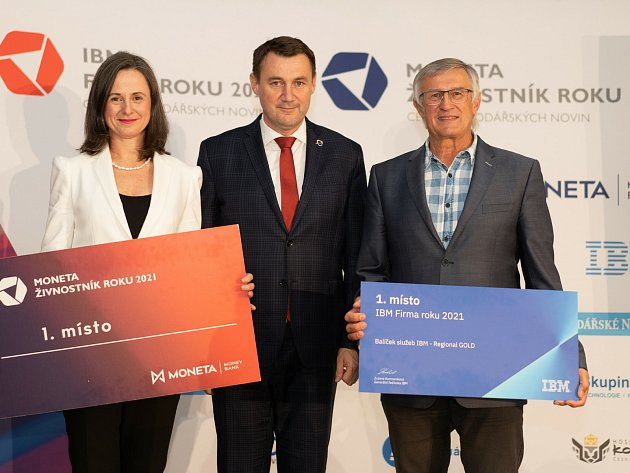 Vítězové shejtmanem Martinem Půtou.