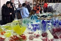 Sklárna Spider Glass v Heřmanicích pořádá opět tradiční Vánoční trhy.