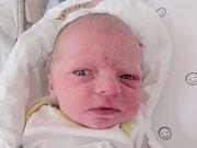 MATĚJ KOPRNICKÝ Narodil se 27. září v liberecké porodnici mamince Veronice Koprnické z Hejnic. Vážil 3,53 kg a měřil 54 cm.