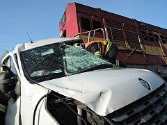 Nehoda na železničním přejezdu.