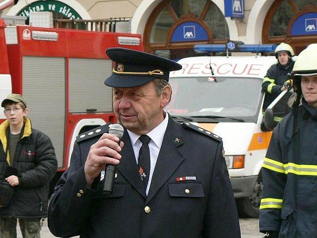 Starostou dobrovolných hasičů v Horním Hanychově je Jiří Halíř.