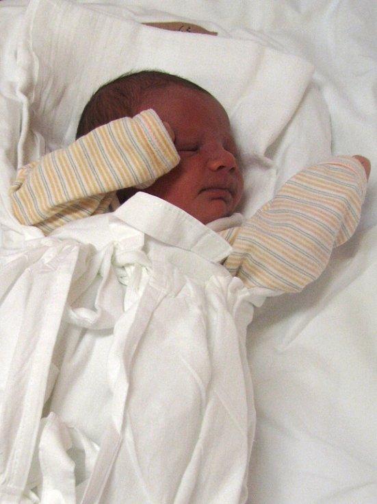Maminka Klára Fillová z Chrastavy v liberecké porodnici dne 19.1.2009 porodila syna Petra Filla, který vážil 3,25 kg a měřil 48 cm. Blahopřejeme!