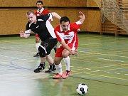 AFK AMICI FC REICHENBERG. Amici (v černém) se zřejmě dostávají zpět do formy a vyhráli 4:3.