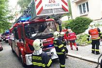 Hasiči zasahovali u požáru bytu.