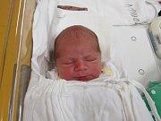 OLIVER FIORE DE ANGELI. Narodil se 24. října v liberecké porodnicimamince Petře De Angeli z Liberce.Vážil 4,80 kg a měřil 51 cm.