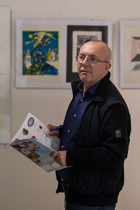Vernisáž výstavy děl určených pro benefiční aukci nadace Euronisa proběhla 1. listopadu v Oblastní galerii Liberec. Aukce umělecký předmětů proběhne 10. listopadu od 14 hodin.