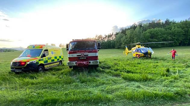 V neděli zasahovali liberečtí záchranáři společně s hasiči a Horskou službou u nehody čytřkolky.