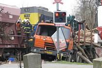 VÁŽNÝCH NEHOD na železničních přejezdech meziročně výrazně přibylo.
