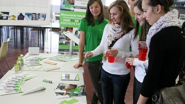 Technická univerzita otevřela své prostory veřejnosti.Pro návštěvníky připravili program a otevřeli některé laboratoře.