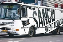 Pirátský autobus.