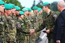 Vojákům poděkovali lidé z postižených obcí