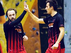 DOBRÝ! Pavel Bína a Aleš Benek mohou být spokojení se hrou. Dnes je čeká v poháru na Harcově Benago.