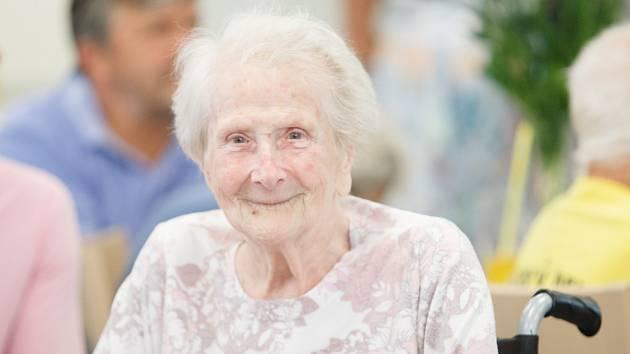 Důchodci na jihu Moravy už se těší na návrat návštěv. Podmínky jsou různé
