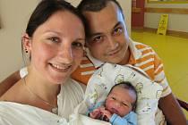 ADAM PROCHÁZKA. Narodil se 29. srpna v liberecké porodnici mamince Lucii Jarošové z Brniště .  Vážil 3,47 kg a měřil 53 cm.