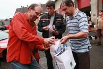 Lidé ze Slovácka poslali obrovský kamion plný pomoci.
