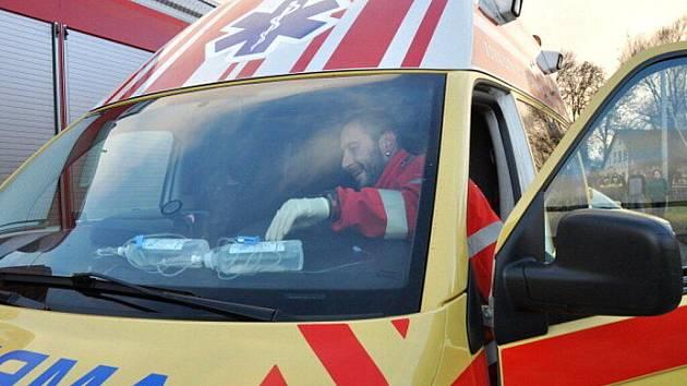 Řidič má i otřes mozku. Ilustrační foto