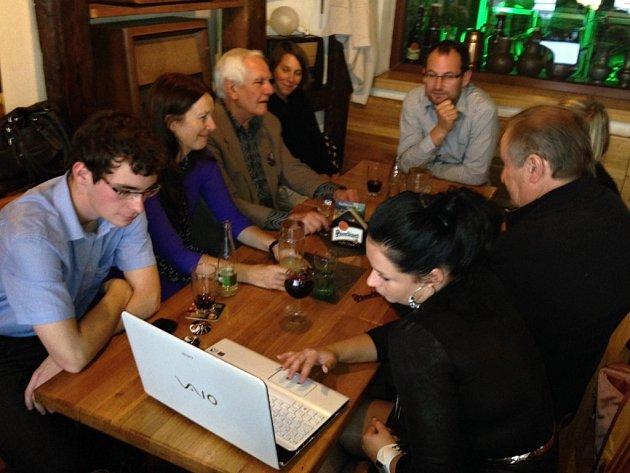 TOP 09sleduje volby zhospody Plzeňka vcentru Liberce.