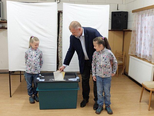 Krajské volby a volby do Senátu 2016ve Frýdlantě.