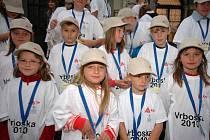 Děti ze zaplavených oblastí odjely s VZP k moři do Chorvatska.