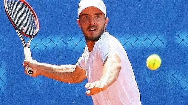 ANDREJ MARTIN, slovenský finalista letošního letního turnaje ATP Svijany Open, bude dnes bojovat za LTK Liberec o postup do semifinálové skupiny tenisové extraligy smíšených družstev.