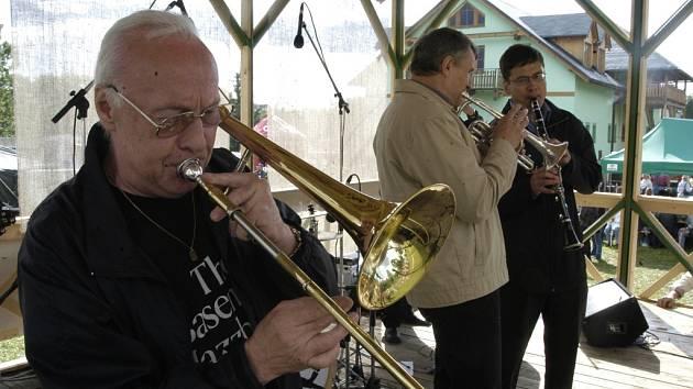 DIXIELAND V KŘIŽANECH. Na akci tentokrát vystoupí celkem osm jazzových seskupení.