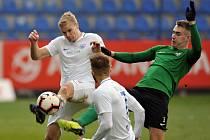 Slovan Liberec (v bílém) jasně přehrál Příbram