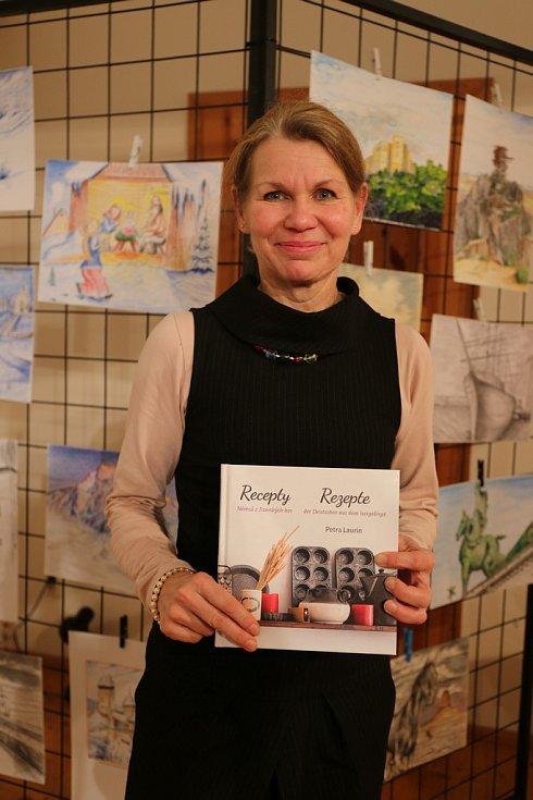 Petra Laurin a její kniha Recepty Němců z Jizerských hor.