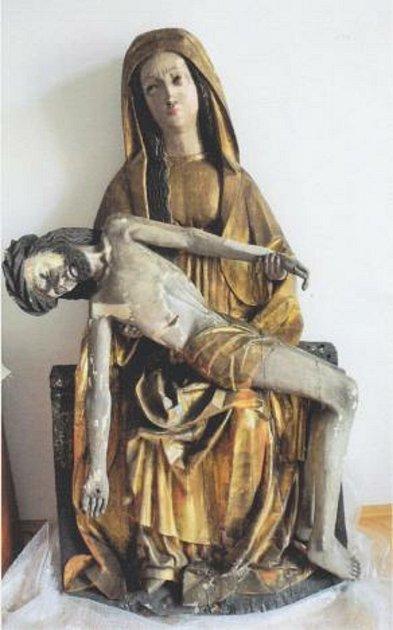 Pieta před restaurováním.