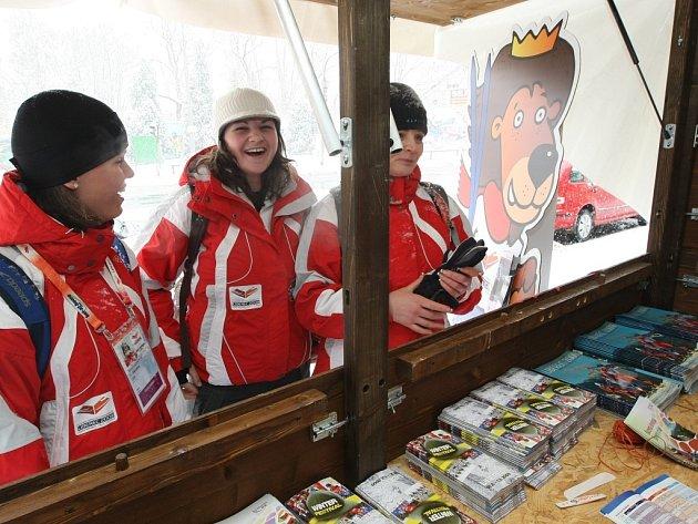 Desítky prodejních stánků a také několik oficiálních infostánků provázelo konání MS v klasickém lyžování Liberec 2009.
