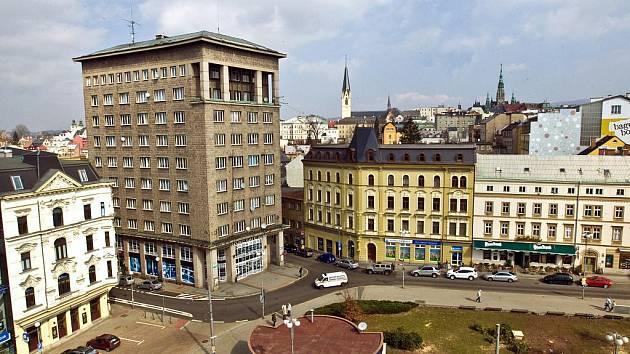 Soukenné náměstí v Liberci.
