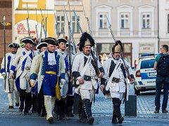 Vojáci z historické bitvy z roku 1757 v centru Liberce