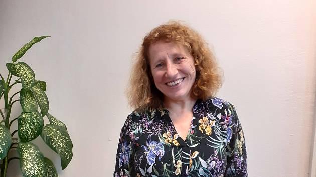 Světluše Jiráňová je ředitelka  liberecké organizace Protěž, která doprovází pěstounské rodiny.