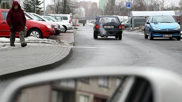 Parkování v Rochlici.