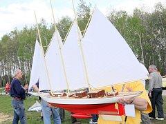 Ilustrační. Mezinárodní závod řízených modelů historických plachetnic.