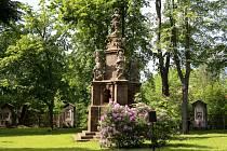 Morový sloup v barokní zahradě už je veřejnosti přístupný.