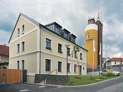 Svijanský pivovar (na snímku jedna z budov) investoval do rozvoje pivovaru od roku 1998, kdy se osamostatnil, na půl miliardy korun.