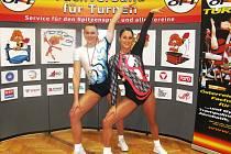 Vlevo Kristýna Bernátová a vedle Andrea Cvachová.