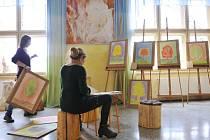 WALDORFSKÁ ŠKOLA v Semilech slaví příští rok 25 let své existence. Škola nabízí kompletní vzdělávání od mateřské školy po lyceum. Kvůli škole se do města stěhují i noví lidé.