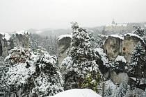 V Českém ráji zahynul na Silvestra po pádu ze skály horolezec