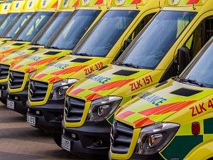 Slavnostní předání nových vozů pro Zdravotnickou záchrannou službu Libereckého kraje