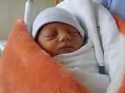 Rozálie Petrželová se narodila 15. května v liberecké porodnici mamince Ivaně Chalupové z Liberce. Vážila 2,4 kg a měřila 48 cm.